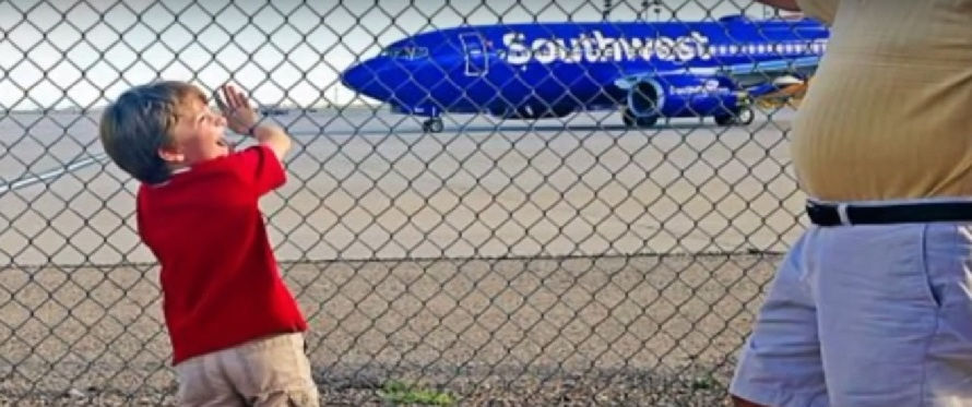 Southwest Airlines Pilot Just Made His Employer Proud And  In The Process Boosts The Industry's Image