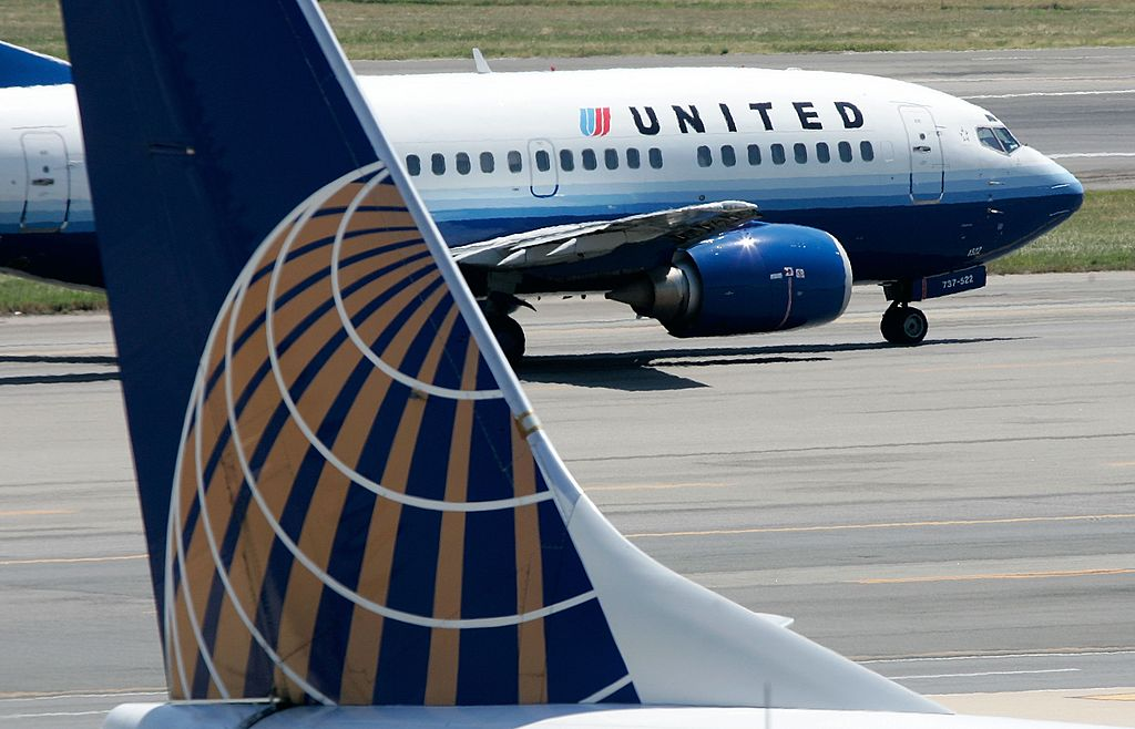 United Airlines Apologizes For Ticket Agent Canceling Passenger's Reservation Because Passenger Was Filming Her