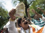 Man Hands Out Money To Celebrate India Election Results