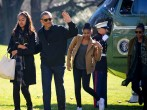 The Obamas Step Off Air Force One For Probably The Last Time After Hawaiian Vacation, Sasha and Malia Sport Casual Wear