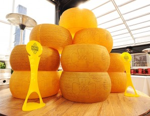 Grana Padano Welcomes Italian Runners For ING New York City Marathon With Joe Bastianich At Eataly