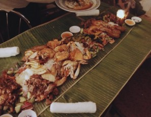 Eating With Hands - Kamayan