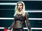 Watch Britney Spears shut down a fat-shaming heckler from the stage