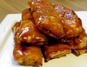 Banana Spring Rolls (Turon) | Eating Pinoy | Hungry for Goodies