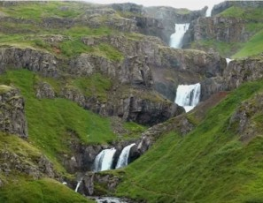 Tourism-Dependent Countries - Iceland