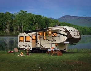 The Top 7 Must Have Accessories for Your Travel Trailer