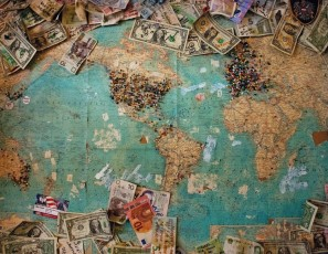 How to Be Smart with Money When Travelling