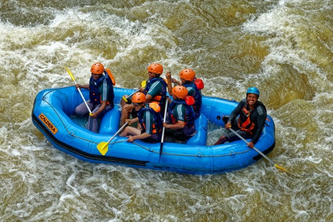 7 World's Best Whitewater Rafting Spots To Include in Your Next Trip