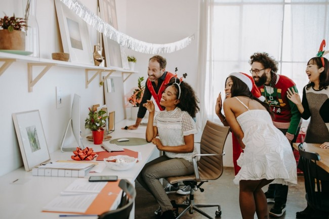 How to Organise a Virtual Birthday Party for your Travelling friends