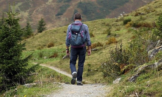 How to Plan and Prepare for a Hike
