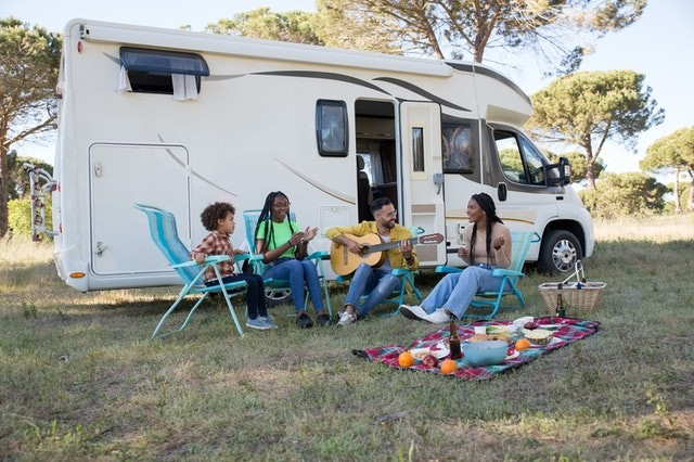How to Pick the Perfect RV Generator? The Complete Guide